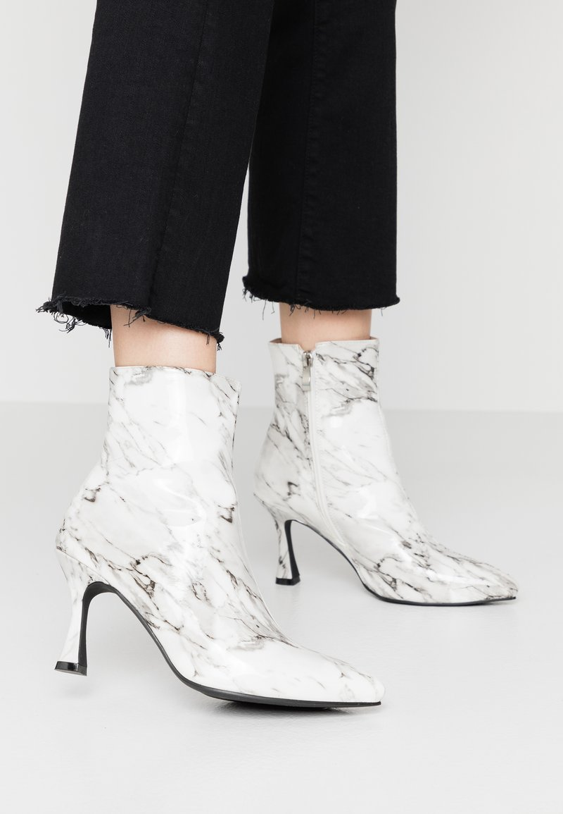 BEBO - JOLINA - Classic ankle boots - white