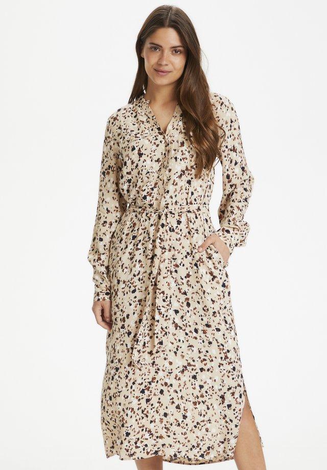 EIRAPW DR - Shirt dress - terazzo print, soft sand