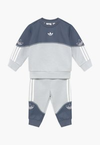 adidas Originals - OUTLINE CREW SET - Verryttelypuku - grey/white - 0