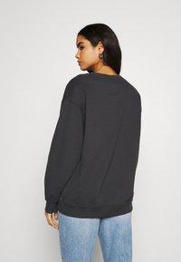 Hollister Co. - PUFF CREW - Sweatshirt - phantom black - 2