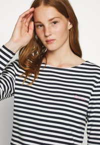 Barbour - HAWKINS STRIPE - Jumper - navy - 3