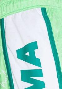 Puma - CURL SHORT - Sports shorts - summer green - 2