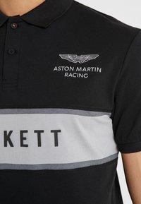 Hackett Aston Martin Racing - CHEST PANEL - Koszulka polo - black/silver - 4