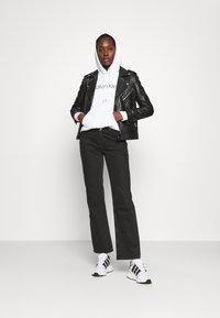 Calvin Klein - CORE LOGO HOODIE  - Hoodie - white - 1