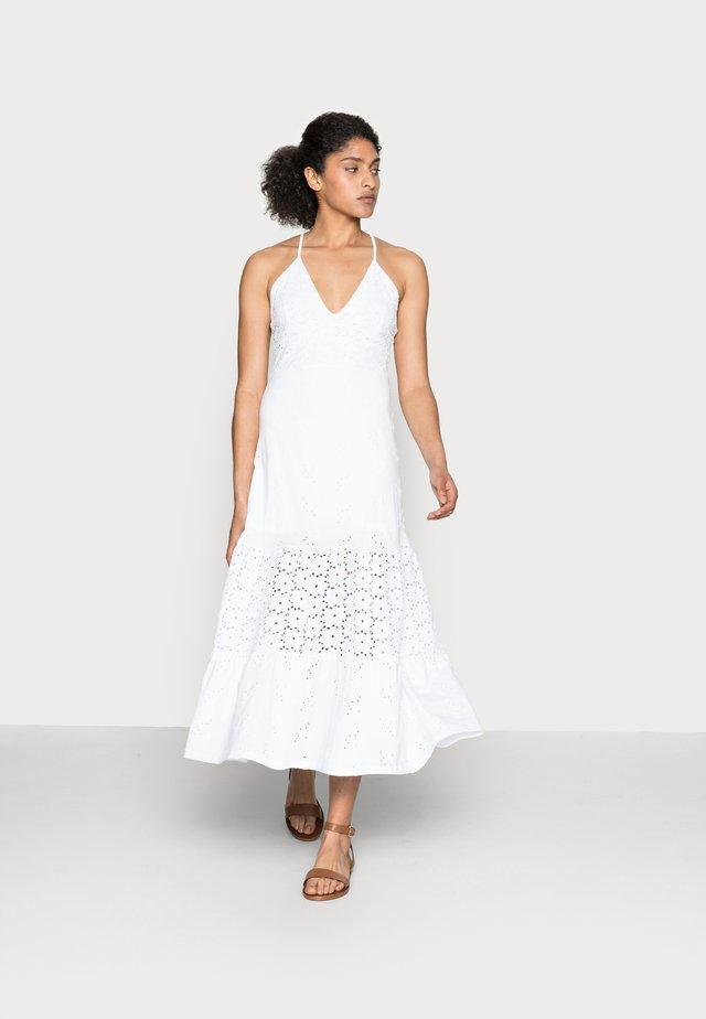 MONICA - Korte jurk - white