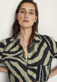 Massimo Dutti - Shirt dress - khaki - 1