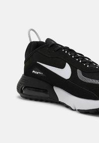Nike Sportswear - AIR MAX 2090 - Trainers - black/white - 6