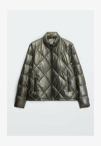 GESTEPPTE  - Faux leather jacket - black