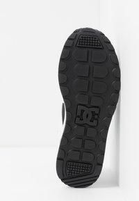 DC Shoes - KALIS LITE - Sneakers - grey/blue/white - 5