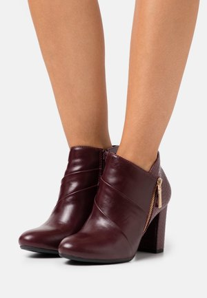 ALTON - Ankle boots - burgundy/gold