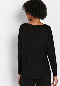 Wallis - PETITE  - Long sleeved top - black - 1