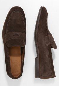 Doucal's - PENNY LOAFER - Elegantní nazouvací boty - moro - 1