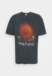 Revival Tee - PINK FLOYD SUN TEE UNISEX - Print T-shirt - black - 4