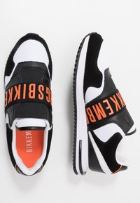 Bikkembergs - HALED - Półbuty wsuwane - black/white/orange - 1