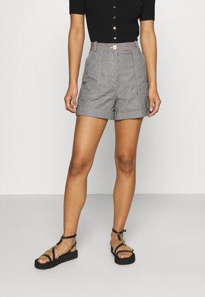 IFALU - Shorts - marine/ecru