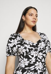Dorothy Perkins Curve - CURVE RUCHED FLORAL MIDI - Day dress - multi coloured - 3