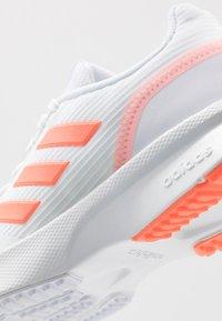 adidas Performance - NOVA FLOW - Neutrální běžecké boty - footwear white/signal coral - 5