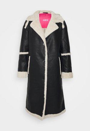 JXCASEY LONG COAT - Klasisks mētelis - black