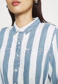 Lee - WORKER DRESS - Shirt dress - dawn blue - 5