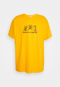 Vintage Supply - CHEERS TO KEBAB - Print T-shirt - yellow - 4