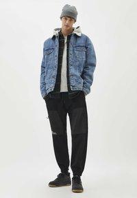 PULL&BEAR - Denim jacket - light blue - 1