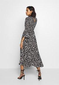 Who What Wear - THE SMOCKED MIDI DRESS - Day dress - black / white - 2