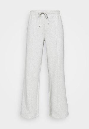 ENWALTER PANTS - Verryttelyhousut - light grey melange