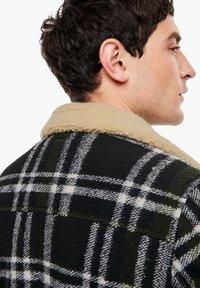 QS by s.Oliver - Blazer jacket - black check - 4