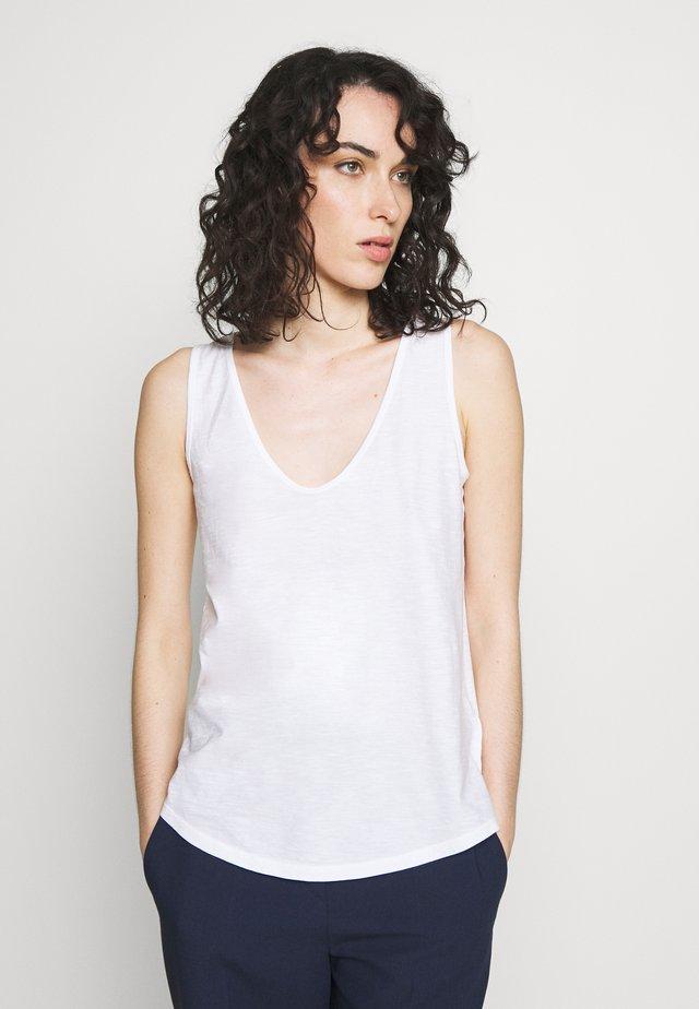SAIMI - Top - white