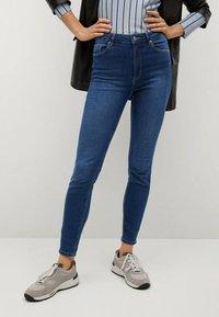 Mango - NOA - Jeans Skinny Fit - donkerblauw - 0