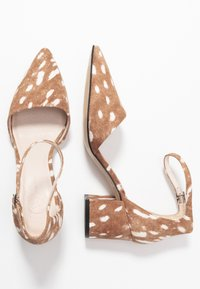Bianco Wide Fit - WIDE FIT BIADIVIDED - Pumps - light brown - 3
