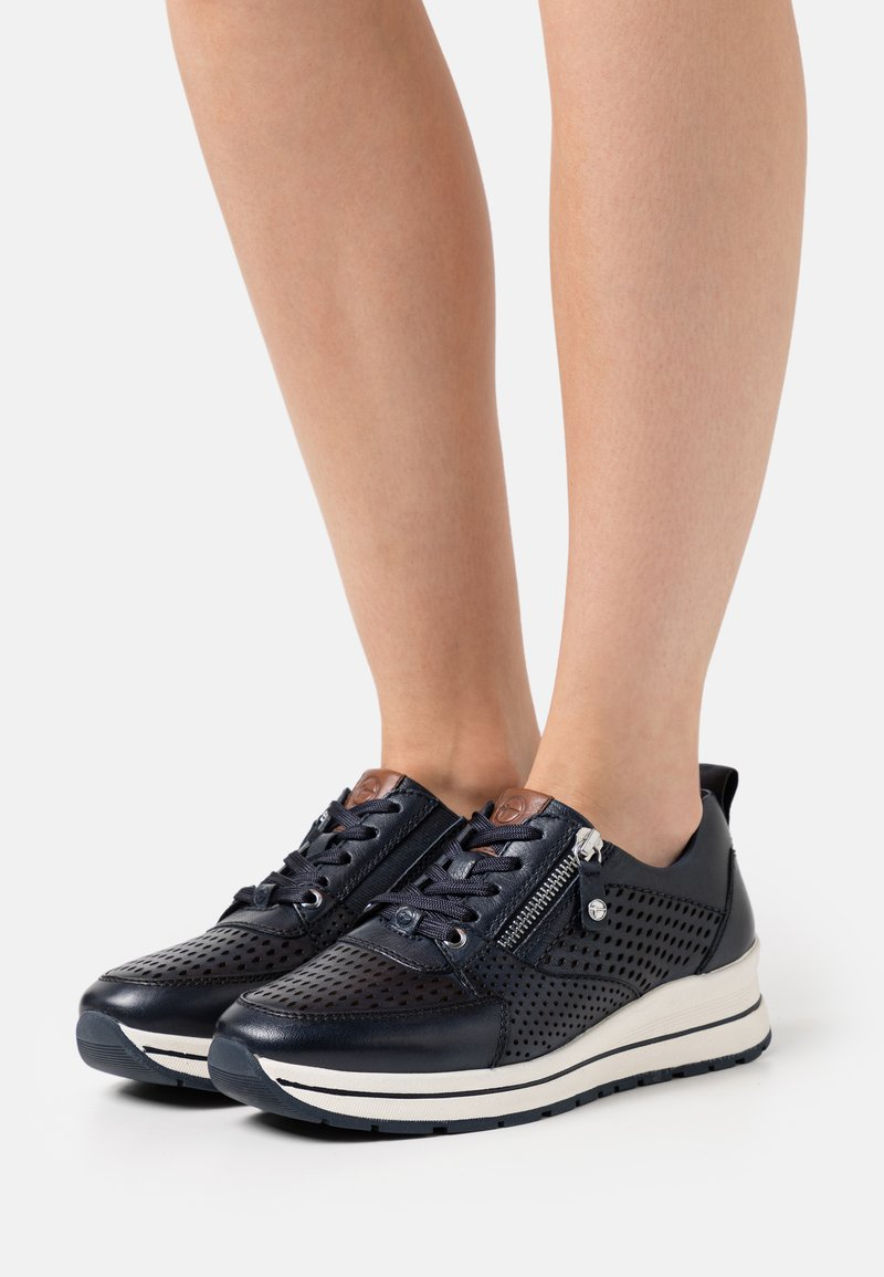 Tamaris Pure Relax - LACE-UP - Sneakersy niskie - navy