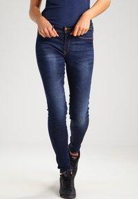 ICHI - ERIN IZARO - Slim fit jeans - medium blue - 0