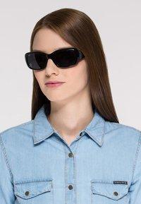 VOGUE Eyewear - Sunglasses - schwarz - 1