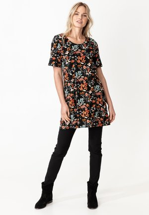 SALLY - Jersey dress - black