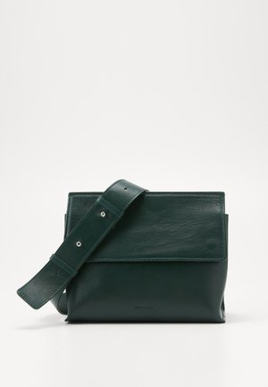 ELITE EVENING BAG - Across body bag - green