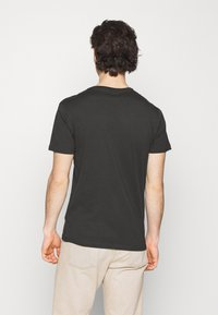 Lee - PATCH LOGO TEE - T-shirt - bas - washed black - 2