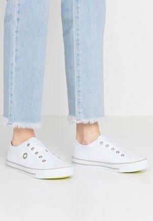Scarpe senza lacci - white