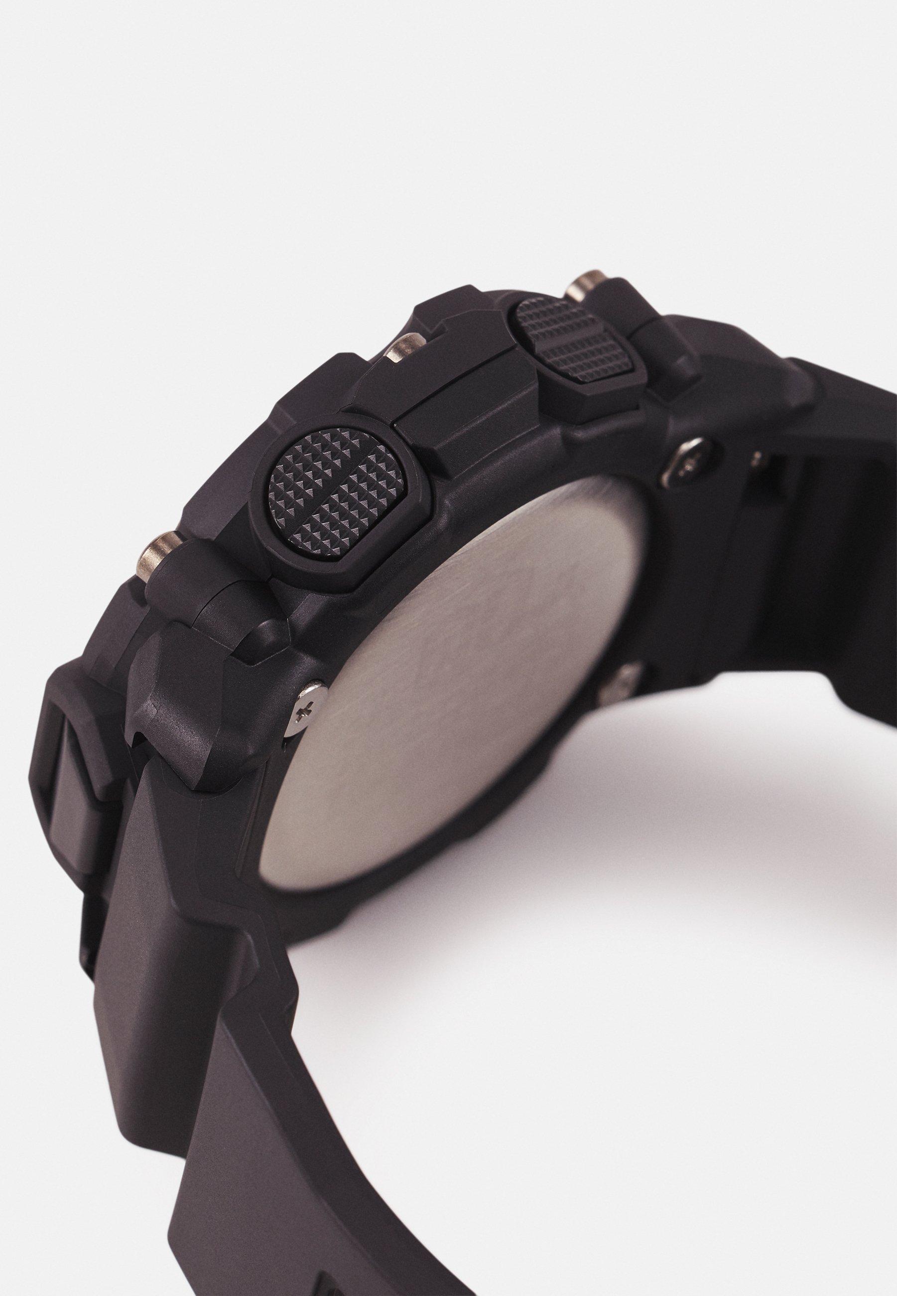 Homme GA-2200 UNISEX - Montre à affichage digital