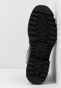 Grenson - NANETTE - Platform ankle boots - black colorado - 6