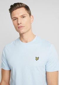 Lyle & Scott - T-shirt - bas - pool blue - 4