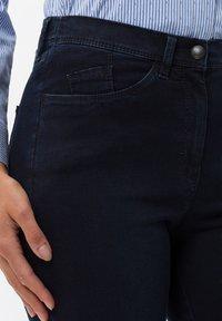 BRAX - STYLE LAURA SLASH - Slim fit jeans - dark blue mit effekt - 3