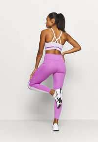 Under Armour - RUSH LEGGING - Medias - exotic bloom - 2