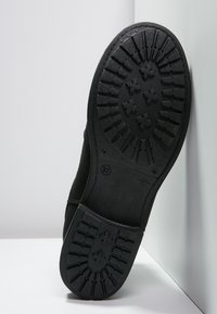 Shepherd - SANNA  - Kotníkové boty - black - 4