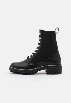 SHILOH - Šněrovací kotníkové boty - black
