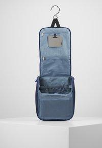 Deuter - WASH CENTER II - Wash bag - steel/navy - 5