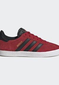 adidas Originals - GAZELLE - Trainers - red - 8