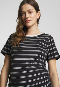 Anna Field MAMA - T-shirt print - black/multicoloured - 4