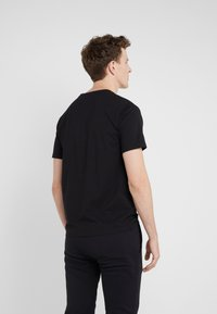 Bricktown - SMALL STORMY CLOUD - T-shirt print - black - 2