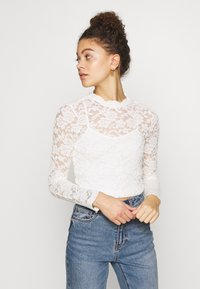 ONLY Petite - ONLJANINA CROPPED - Blouse - cloud dancer - 0